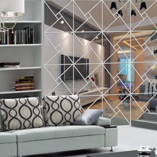 Зеркальное панно в гостиную в стиле модерн